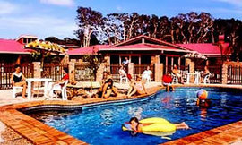 Wombat Beach Resort - Casino Accommodation