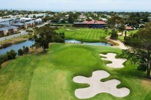 Patterson River Golf Club - Casino Accommodation