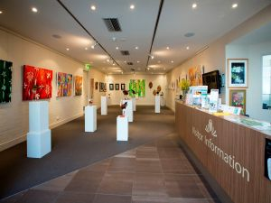 Australian National Botanic Gardens Visitor Centre Gallery - Casino Accommodation